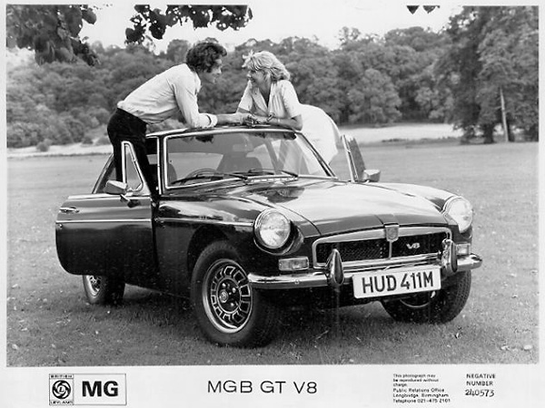 factory MGB GT V8 press release photo 240573