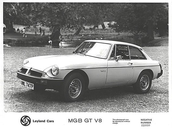 factory MGB GT V8 press release photo
