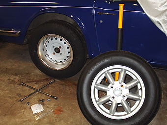 How To Rotate Tires >> How To: Upgrade your Triumph TR6 with Rear Disc Brakes