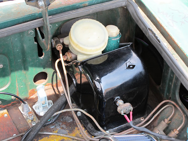 Wiring Diagram For Dimmer Switch : Jeremy youngblood s mgb with rover l v engine