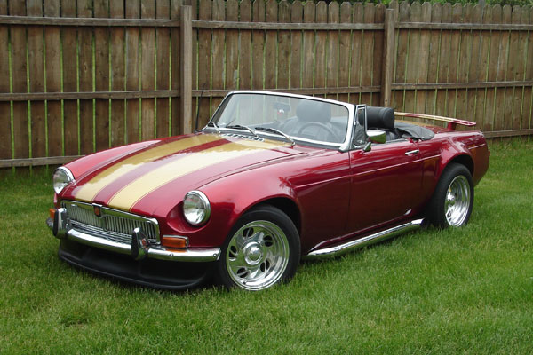 Joe Schafer S 1971 Mgb With Ford 5 0 And Flared Fenders