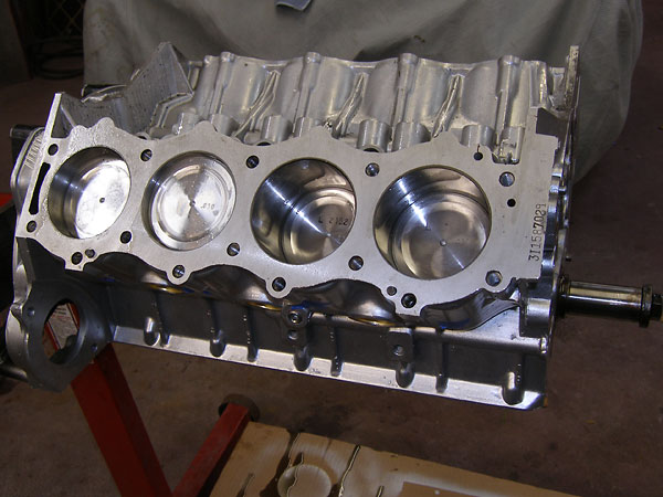 BritishV8 Forum: Oldsmobile 215 Engine