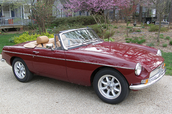 Mike Alexander's 1971 MGB rebuilt on 1980 bodyshell, with