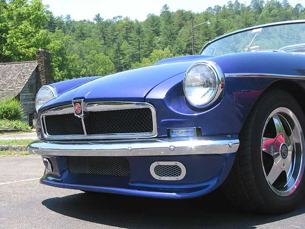 Mikel Moor S 1978 Mgb With 1964 Buick 300 V8