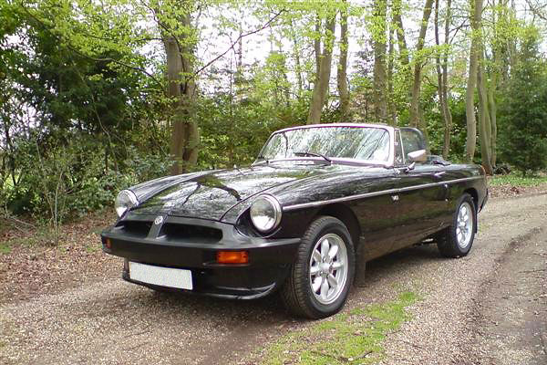 Paul Avery's 1977 MGB with Rover 3.5L V8