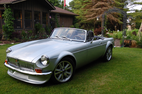 Paul Schils' 1971 MGB with Ford 302 V8 Engine