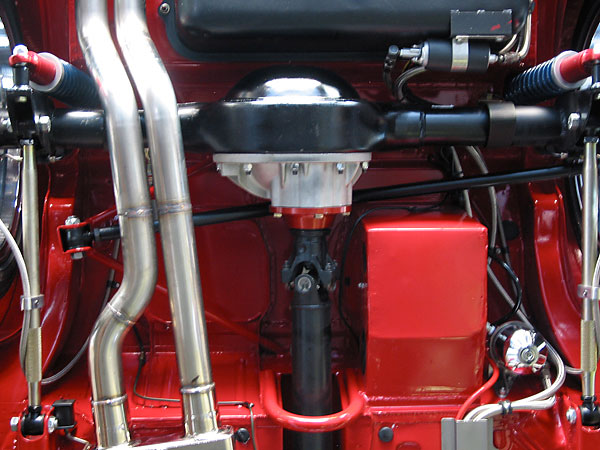 A Ford 8 inch rear axle is used in conjunction with the Fast Cars Inc. 3-link rear suspension.