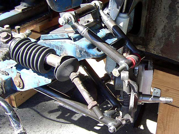 double wishbone front suspension