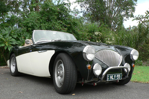 http://www.britishv8.org/Other/PeterLinn-AH-100/PeterLinn-Healey-AA.jpg