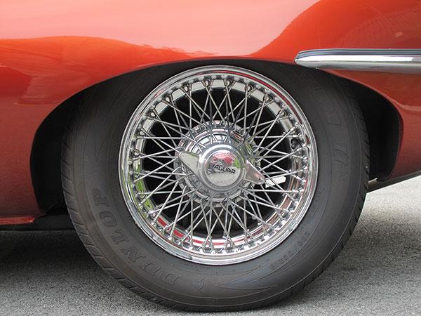 tim terry 39 s 1967 jaguar xke 2 2 with ford 302 v8. Black Bedroom Furniture Sets. Home Design Ideas