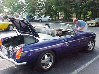 Mikel Moor's MGB with Buick 300 V-8